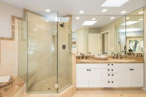 modern-bathroom-1020