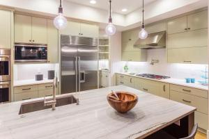 modern-kitchen-1023